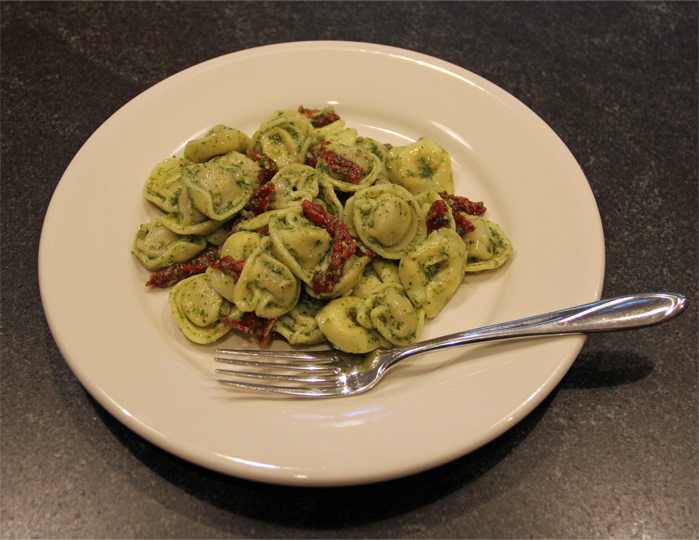 Sun Dried Tomato Pesto Tortellini Salad